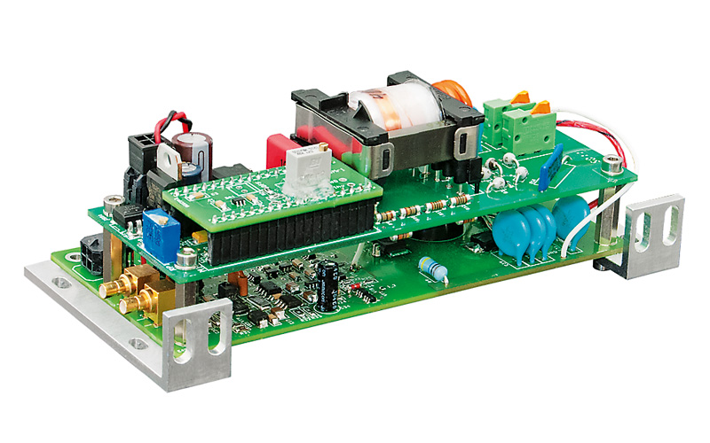 PCD-UHV driver mounted with HV power supply HV05Wm