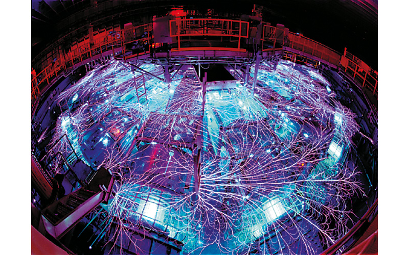 SL330 series laser used as a flash in high speed photography to illuminate wires as they explode Courtesy of Dr. Randy Montoya, Sandia National Laboratories, USA